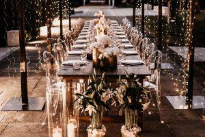 Mietmöbel für Hochzeiten Holztische